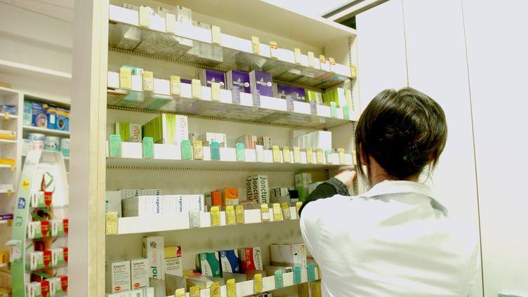 Des médicaments dans une pharmacie de Nancy, le 29 mars 2008. (MAXPPP)