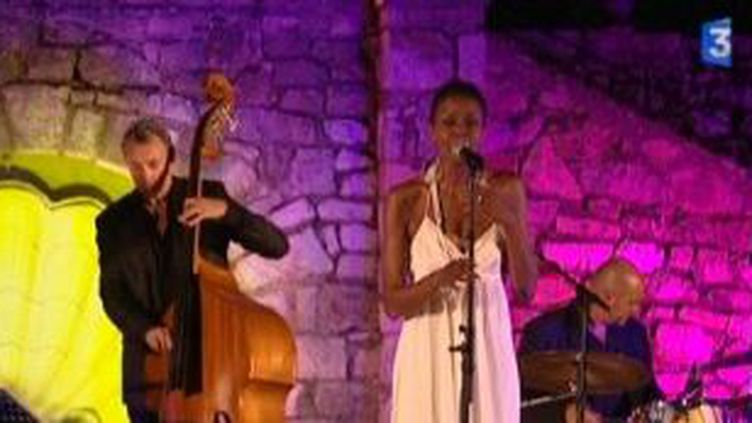 Denia Ridley et son quartet, concert sous la lune pour Jazz à Domergue  (Culturebox)