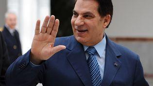 La président tunisienZine El-Abidine Ben Ali à l'aéroport de Tunis, le 22 décembre 2010. (FETHI BELAID / AFP)
