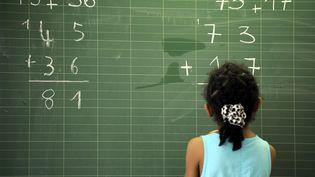 Un rapport sur l'enseignement des mathématiques est remis lundi 12 février 2018 au gouvernement pour tenter d'améliorer le niveau des élèves en France. (MAXPPP)