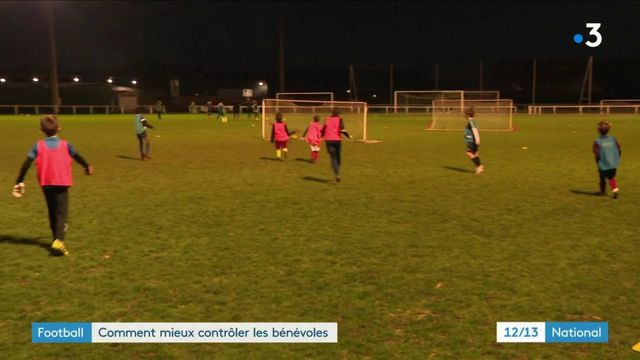 Football : comment mieux contrôler les bénévoles ?
