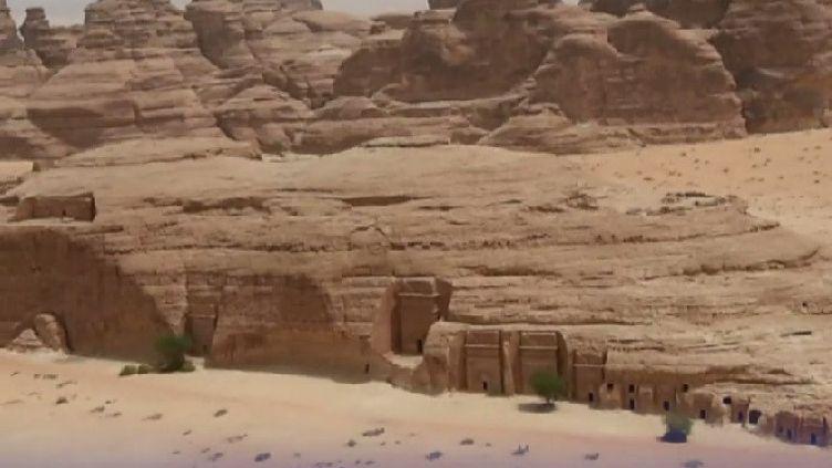 Un site majestueux en plein désert de l'Arabie saoudite. (FRANCEINFO / RADIOFRANCE)