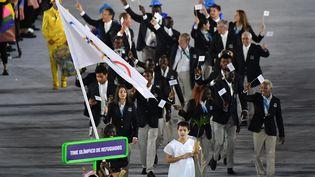 L'équipe olympique des réfugiés a fait son apparition aux Jeux de Rio, ici lors de la cérémonie d'ouveture, le 5 août 2016. (PEDRO UGARTE / AFP)