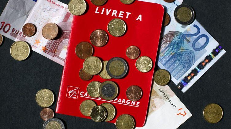 Le ministère des Finances a annoncé, le 15 janvier 2015, le maintien du taux du Livret A à 1%. (GUILLAUME BAPTISTE / AFP)