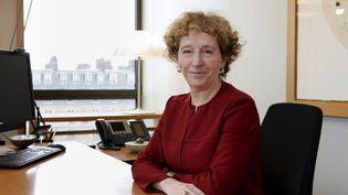 Muriel Penicaud dans son bureau, le 21 février 2017. (ERIC PIERMONT / AFP)