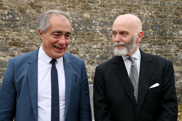 Le président du Siel, Karim Ouchikh et l'essayiste d'extrême droite, Renaud Camus, le 9 novembre 2017, à Colombey-les-deux-Eglises (Haute-Marne), le 9 novembre 2017. (FRANCOIS NASCIMBENI / AFP)