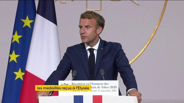 Le Président de la République Emmanuel Macron remercie tous les sportifs français médaillés aux Jeux olympiques et paralympiques de Tokyo.Fierté, inspiration et valeurs sont au centre de cette cérémonie de décoration des athlètes tricolores.