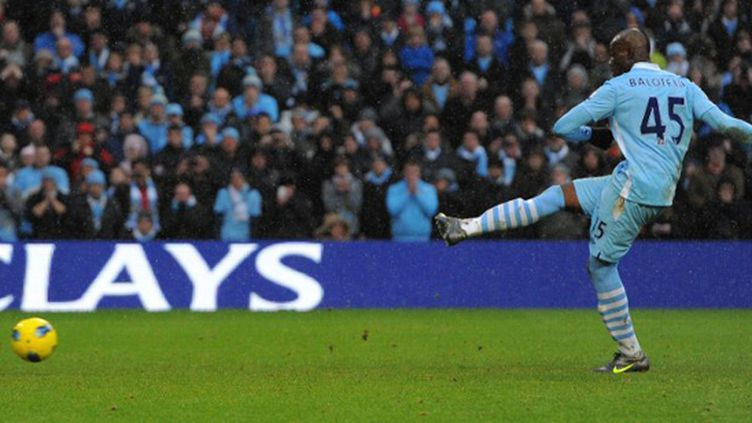 Mario Balotelli (Manchester City) offre la victoire à City (ANDREW YATES / AFP)