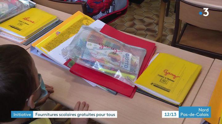 Du cahier au stylo, tous les élèves sont logés à la même enseigne. (C. Bres / France Télévisions)