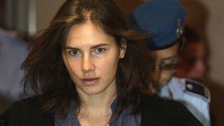 L'américaine Amanda Knox, le 30 septembre 2011 à Pérouse (Italie),lors de son premier procès en appel, au terme duquel elle a été acquitté une première fois du meurtre de Meredith Kercher. (ALESSANDRO BIANCHI / REUTERS)