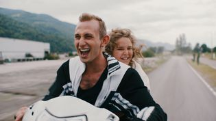 """Avec """"Just Kids"""" Christophe Blanc fait son retour au cinéma après dix ans d'absence. Kacey Mottet-Klein et Andrea Maggiulli portent ce film en y incarnant deux frères orphelins. (Blue Monday Productions)"""