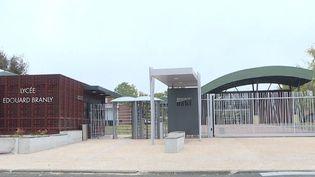 L'entrée principale du lycée Edouard-Branly, à Créteil, le 22 octobre 2018. (AURORE MESENGE / AFP)
