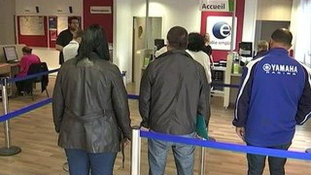 Le chômage a reculé très faiblement en juillet