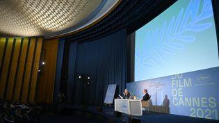 Le directeur et le président du Festival de Cannes, Thierry Fremaux et Pierre Lescure, le 3 juin lors de la présentation de la sélection officielle 2021. (PASCAL LE SEGRETAIN / GETTY IMAGES EUROPE)