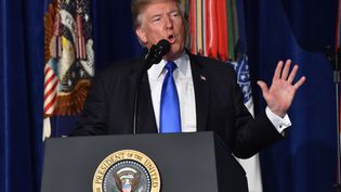 Donald Trump, le 21 août 2017, dans la base Joint Base Myer-Henderson Hall à Arlington (Virginie). (NICHOLAS KAMM / AFP)