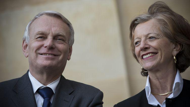 Le Premier ministre, Jean-Marc Ayrault, et son épouse, Brigitte Ayrault, le 21 juin 2012 à Matignon. (MAXPPP)