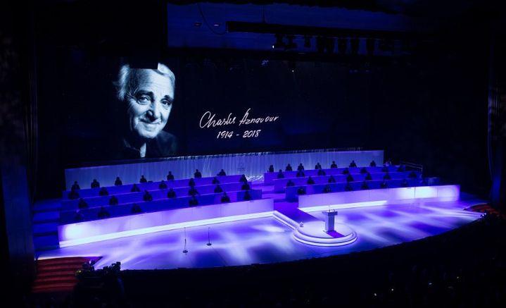 Le portrait de Charles Aznavour projeté en son hommage au Centre culturel d'Erevan (octobre 2018)  (BENOIT DOPPAGNE / BELGA MAG / BELGA)