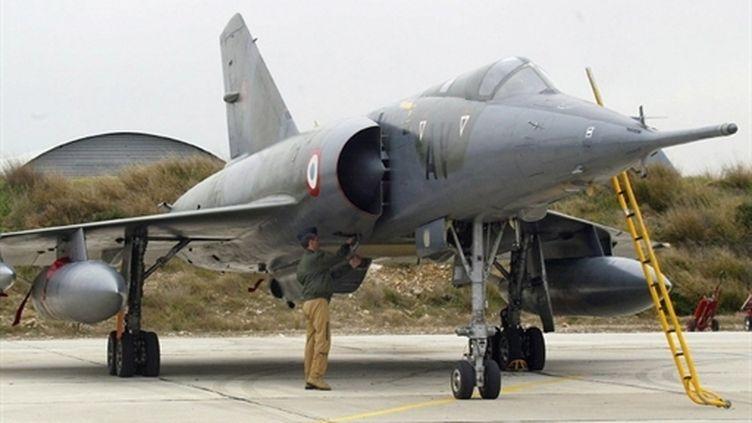 Deux avions Mirage IV-P sur la base aérienne d'Istres, dans les Bouches-du-Rhône (archives, 2003) (AFP / Gérard Julien)