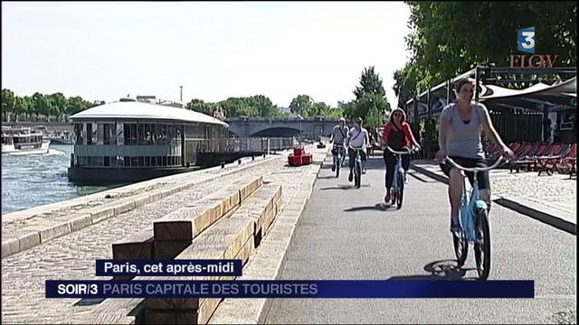 Les touristes de retour en nombre à Paris