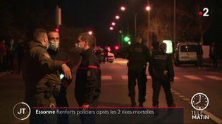 Des policiers dans l'Essonne. (France 2)