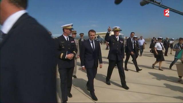 Emmanuel Macron à Istres : multiplication des gestes d'apaisement
