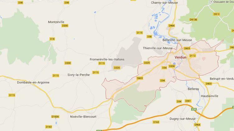 De l'acide a été déversé, jeudi 5 février,dans une poussette qui se trouvait dans le hall d'un immeuble de Verdun (Meuse). (GOOGLE MAPS / FRANCETV INFO )