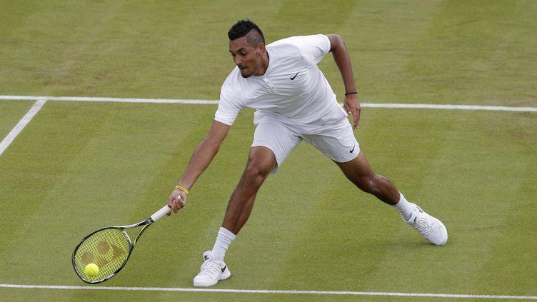 Nick Kyrgios a assuré le spectacle lors de son premier tour à Wimbledon. (ADRIAN DENNIS / AFP)