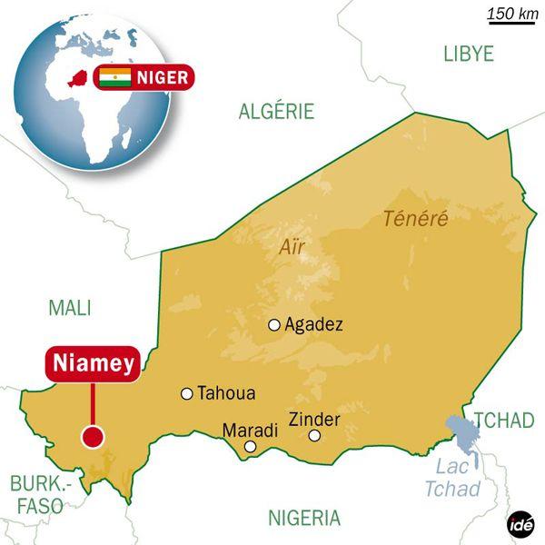 (Manif anti Charlie Hebdo : les violences se sont étendues samedi à plusieurs quartiers de  Niamey © Idee)