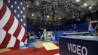 Saint Louis (Missouri), le 7 octobre : le studio du deuxième débat Clinton-Trump, programmé dimanche9 octobre. (PAUL J. RICHARDS / AFP)