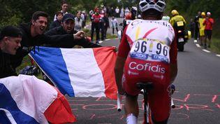 Le Français Anthony Perez lors de la 17e étape du Tour de France, mercredi 14 juillet 2021. (ANNE-CHRISTINE POUJOULAT / AFP)