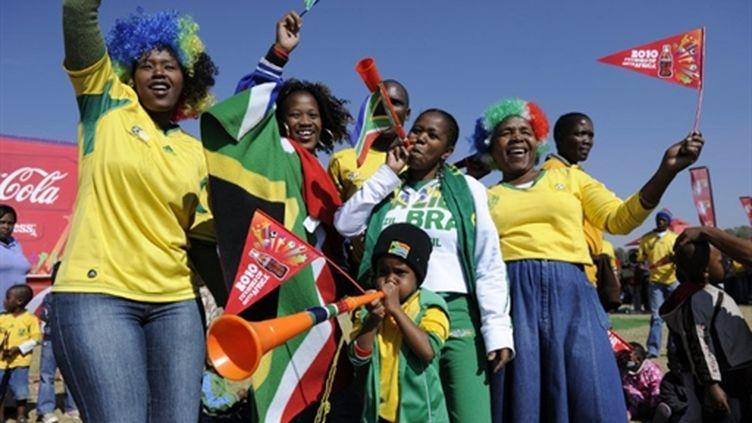 L'Afrique du Sud à l'heure du mondial (Soweto 4 juin 2010) (AFP/STEPHANE DE SAKUTIN)