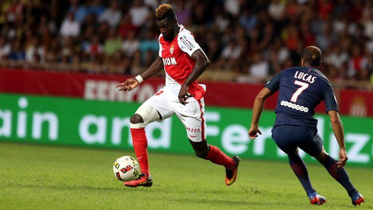 Tiémoué Bakayoko face à Lucas lors du récent ASM-PSG (JEAN-FRAN?OIS OTTONELLO / MAXPPP)