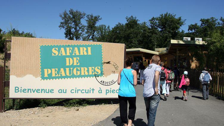 Le Safari de Peaugres, en Ardèche, attire plus de 300 000 visiteurs chaque année. Photo d'illustration. (MOUILLAUD RICHARD / MAXPPP)