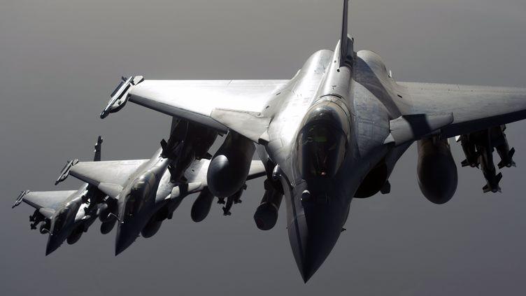 Des chasseurs Rafale, le 27 septembre 2015, au-dessus de la Syrie. (AFP / ECPAD / EMA / ARMEE DE L'AIR)
