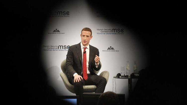 Le PDG de Facebook, Mark Zuckerberg, le 15 février 2020, lors d'une conférence surla sécurité, à Munich (Allemagne). (TOBIAS HASE / DPA / AFP)