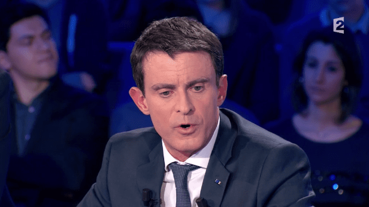 """Le Premier ministre Manuel Valls lors de l'émission """"On n'est pas couché"""", samedi 16 janvier 2016, sur France 2."""