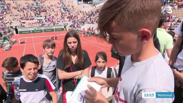 Roland Garros : quand les enfants observent les champions