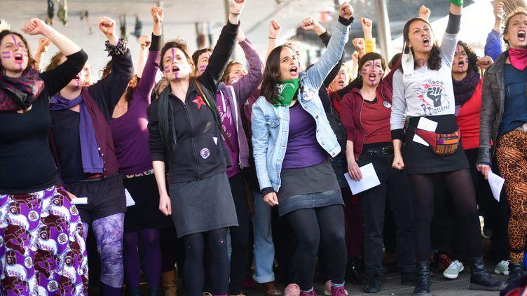 Manifestation pour la journée internationale du droit des femmes à Marseille le 8 mars 2021. Photo d'illustration (GEORGES ROBERT / MAXPPP)