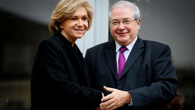 (Passation de pouvoir entre Valerie Pecresse et Jean-Paul Huchon, 18 décembre 2015 © Maxppp)
