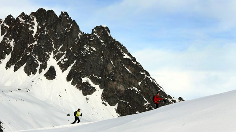 (L'homme de 49 ans faisait une randonnée à ski en famille au moment du drame. © Maxppp)