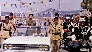 """Extrait du film """"Le Gendarme de Saint-Tropez"""", avec Louis de Funès. (CAPTURE ECRAN FRANCE 2)"""