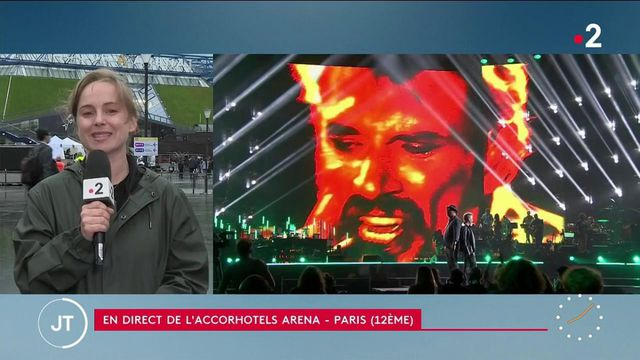 Hommage à Johnny : inauguration d'une statue et d'une esplanade à Paris