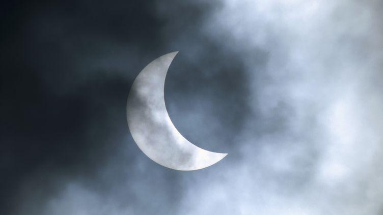 Une éclipse solaire, à Münich (Allemagne), le 11 août 1999. (KONRAD WOTHE / MINDEN PICTURES / AFP)