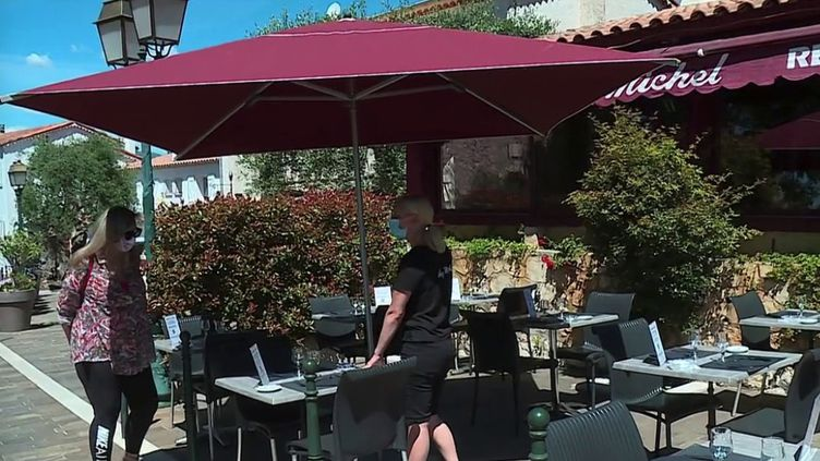 Un restaurant àCastagniers, dans les Alpes-Maritimes. (CAPTURE ECRAN FRANCE 3)