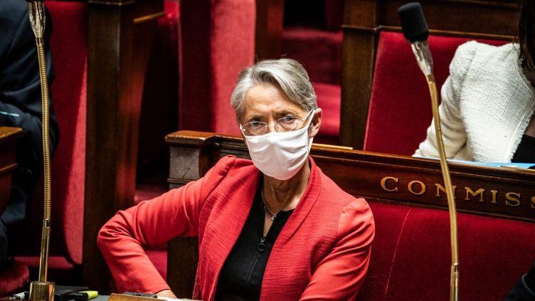 La ministre du Travail, Elisabeth Borne, le 16 février 2021. (XOSE BOUZAS / HANS LUCAS / AFP)