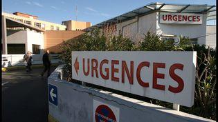 L'entrée des urgences auCHU Lapeyronie à Montpellier. (GUILLAUME BONNEFONT / MAXPPP)