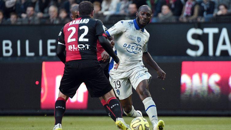 Giovanni Sio retrouvera Sylvain Armand en tant que coéquipier cette saison (DAMIEN MEYER / AFP)