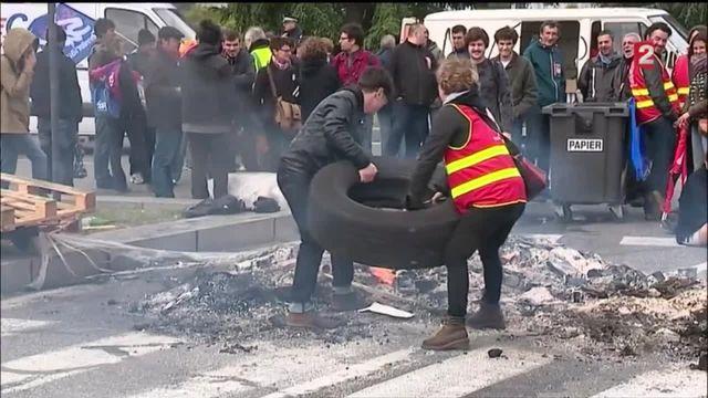 Loi Travail : à Toulouse, des manifestants bloquent l'accès à l'aéroport