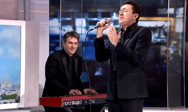 Avec Julien Bourel au piano  (France 2 )