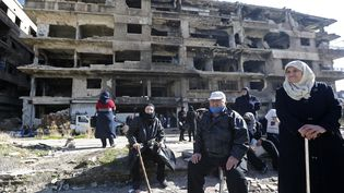 Des bâtiments détruits dansla périphérie sud de Damas, capitale de la Syrie, le 25 novembre 2020. (LOUAI BESHARA / AFP)